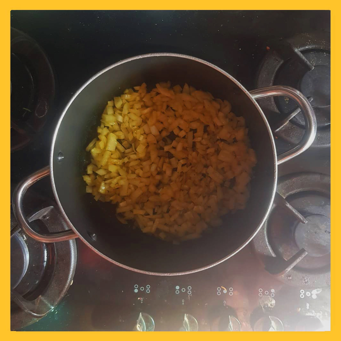fried onion for flu vegetable soup , پیاز داغ